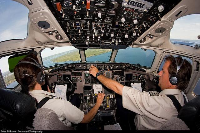 Flugzeugcockpit ANC Kopfhörer