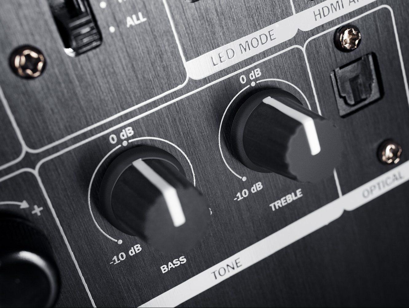 Molette pour Bass et Treble au dos de l'Ultima 40 Aktiv